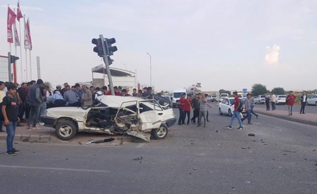 Şanlıurfa'da iki otomobil çarpıştı: 1 yaralı